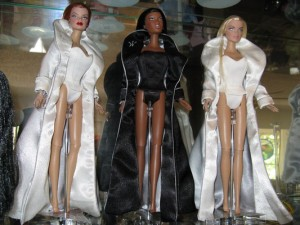 Premiere Edition Fashion Royalty Dolls