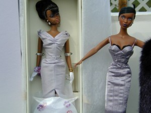 Wu Adele (right) compared to Barbie (left)