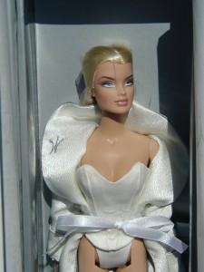 Wu's Premiere Veronique Fashion Royalty doll